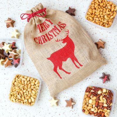 Kerstzak met noten en kerststerren